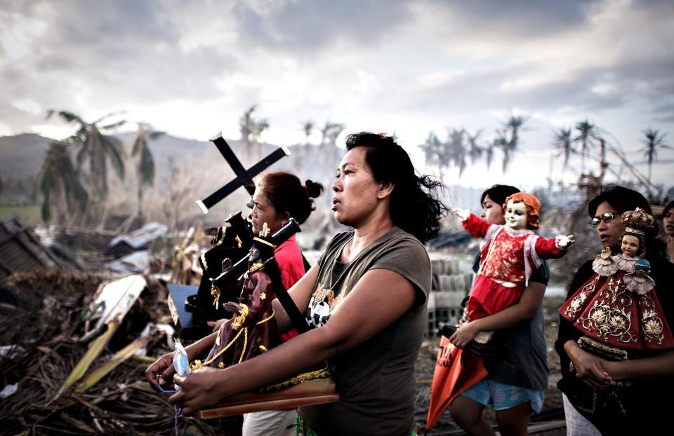 Typhoon Survivors de Philippe López
